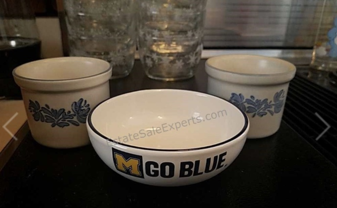 vintage bowls, blue and white, university of michigan go blue